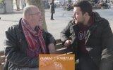 Sokak Röportajında Nicolas Cage'in Sesine Denk Gelmek