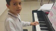 Here we go Beylikdüzü Mektebim Okulu Öğrencimiz Utku Piyano Dinletisi Melike Aysın Gamgam