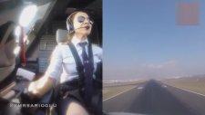 Yağmur Sarıoğlu'nun Uçak İndirmesi