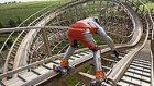 860 Metrelik Roller Coaster Yolunu Patenleriyle 60 Saniyede Tamamlayan Adam
