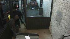 ATM'yi Yerinden Sökerek Çaldılar
