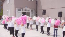 Salim Uçar İlkokulu/Dön bak aynaya(23 Nisan Gösterisi)