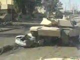 bombalı arabanın üstünden tank geçiyor