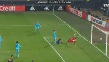 Moussa Sow'un Röveşata Golü (Feyenoord 0-1 Fenerbahçe)