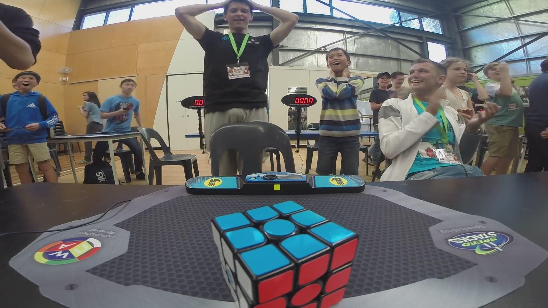 Cube Rubik - montaj rekoru