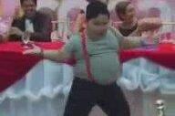 Dansı İle Düğünü Coşturan Velet