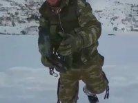 Türk Askerinden -15 Derecede Mannequin Challenge
