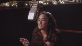 Demi Lovato - Silent Night