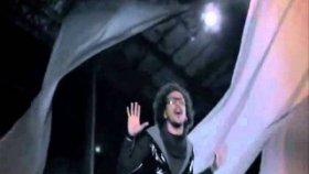 Mustafa Güngece & Malik Ayhan-Soğuk Gibi Biraz