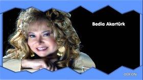 Bedia Akartürk - Ağa Güle Kırmızı