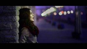 Kate Linn - Ring My Bell  (Official Video)