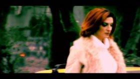 Melda Kuyucu - Sevgisiz Olmaz (Official Video)