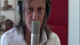 Ahmet Güven - Yol Yakınken Vazgeç (Official Video)