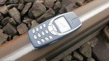 Tren Efsane Telefon Nokia 3310'un Üzerinden Geçerse Ne Olur?
