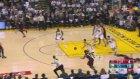 Stephen Curry'den Toronto Raptors'a 28 Sayı