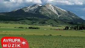 Ekrem Çelebi - Dağlar Bizim Dağlarımız