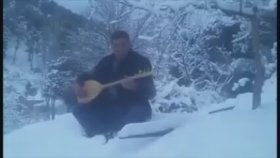 Adem Erdoğan - Yüce Dağ Başında Kar Boran Boran