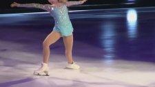 Gerçek Bir Buz Prensesi - Gracie Gold - Let It Go