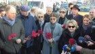 Ortaköy'de Hayatını Kaybedenler İçin Karanfilli Anma