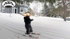 2 Yaşında Profesyonel Kayakçılara Taş Çıkartan Ufaklık