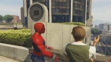 Deadpool ve Örümcek Adam Parti Yapıyor