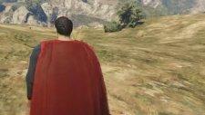 Örümcek Adam ve Süper Kahramanlar Şimşek McQueen Kurtarıyor