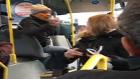 Metrobüste Bol Küfürlü Yaşlı Kavgası