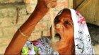 63 Yıldır Kum Yiyen Hint Kadın