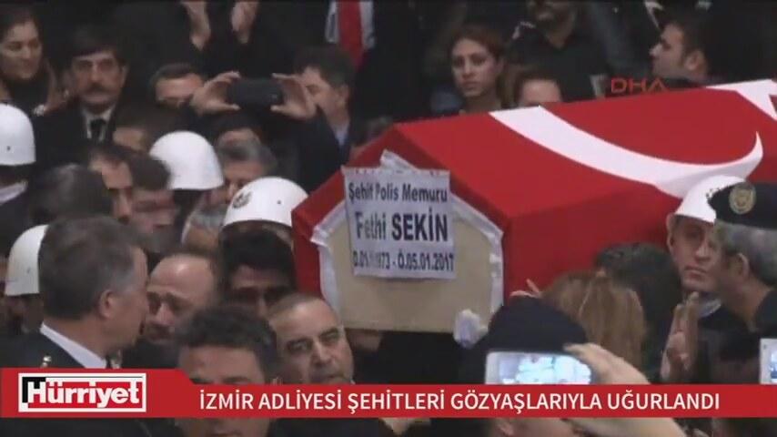 İzmir Şehitleri Gözyaşlarıyla Uğurlandı