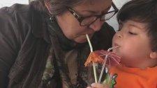 Babanne'ye Milkshake İkramı