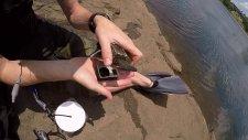 Fırsat Kapısı : Rafting Yapılan Nehre Düşen Eşyalarla Yolunu Bulmak