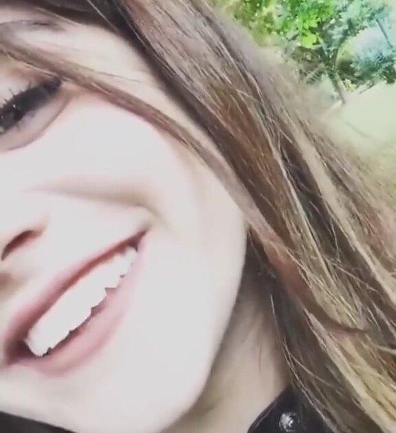 İzlesene Com: Esma Kızılkan'ın Bağımlılık Yapan Şarkısı