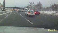 Araba Kullanmayı Bilmeyen Sürücünün ''Geliyorum'' Diyen Kzası