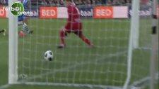 Hakim Ziyech attığı 2 şık golle Hollanda'yı salladı