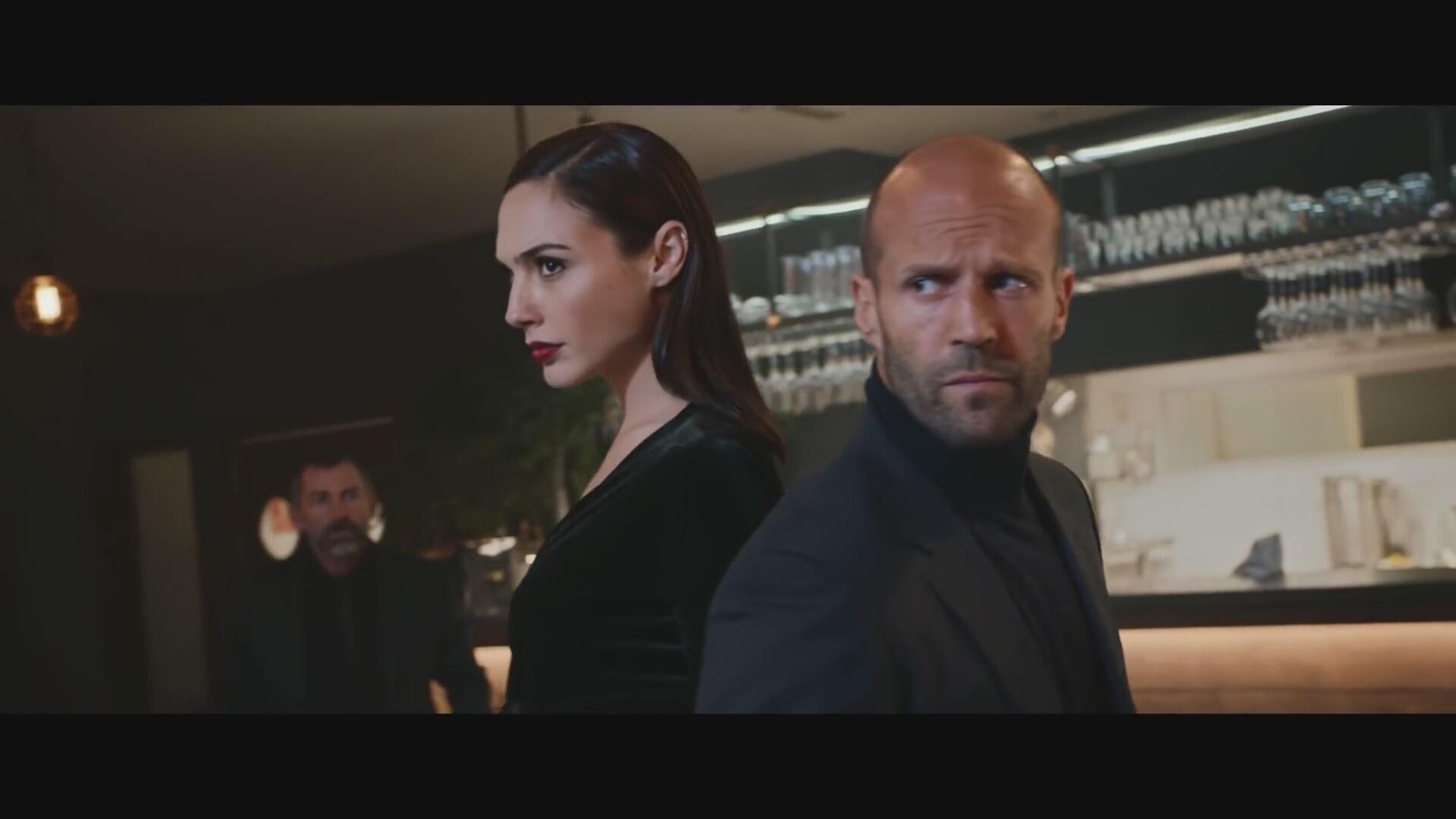 Jason Statham Ve Gal Gadotun Aksiyon Filmi Tadında Reklam Filmi