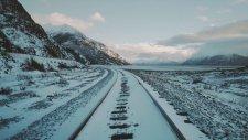 Alaska Çevresinde Bir Trenle Muhteşem Bir Gezintiye Ne Dersiniz?