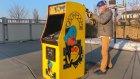 Oyun Makinesinin İçini Açıp Neler Olduğunu Gösteren Video