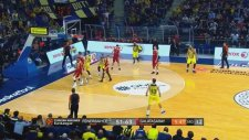 Galatasaray Maçında Jan Vesely'den Alley Oop