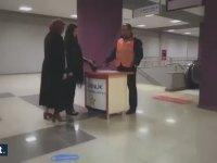 İstanbul Metrosu'nda Mannequin Challenge