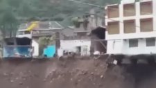 Tarihi La Hacienda Oteli'nin Yıkılması - Peru