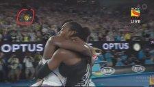 Serena Williams, Ablası Venus'ü Yenerek 2017 Avustralya Açık Şampiyonu Oldu