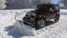 1976 Model Cipini Kar Küreme Aracı Yaptı