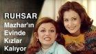 Ruhsar | Mahzar'ın Evinde Iki Kız Ogrenci Kalıyor...