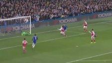 Marcos Alonso'nun Arsenal'e attığı gol