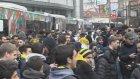 Fenerbahçeli Taraftarlar Belediye Otobüslerinin İçini Tribüne Çevirdi