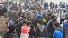 Fenerbahçeli Taraftarlar Derbinin Havasına Girdi