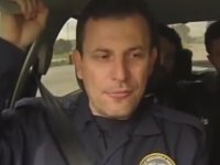 Aracı Ters Çevirince Etkilenen Polis