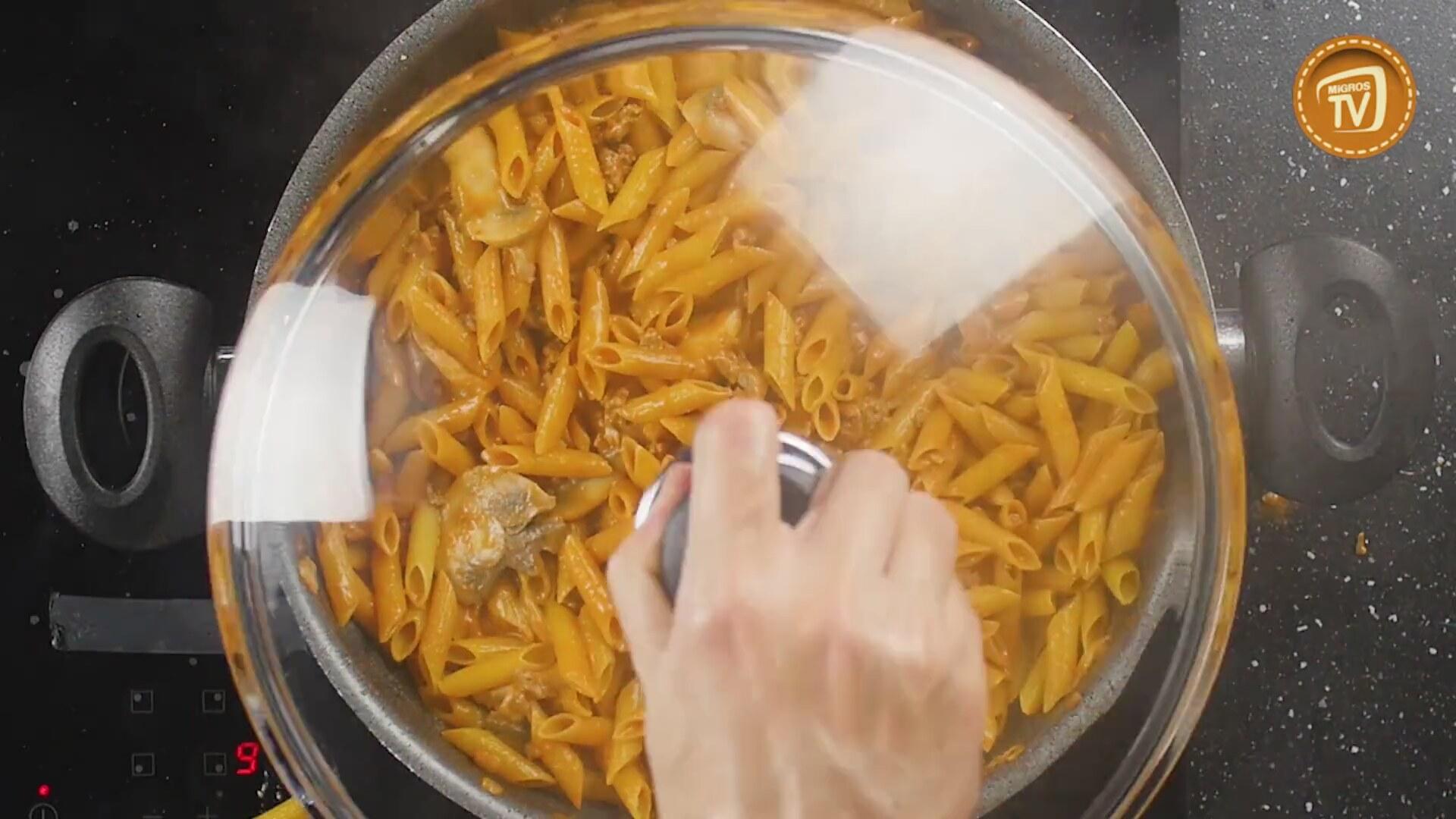 Makarna, Fırında Kıymalı Makarna Nasıl Yapılır