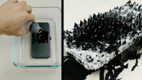 Manyetik Sıvı Ve Sıvı Nitrojen İphone 7'nin Üzerine Dökülürse Ne Olur?