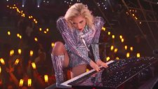 Super Bowl'a Lady Gaga Damgası!